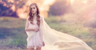 kid-models-silk-sunset-photoshoot-picture-country-retro-wallpaper-694×417