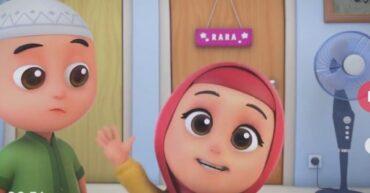 """Rumah produksi dari film animasi Nussa menyebutkan bahwa animasi buatannya akan tayang perdana di Bucheon International Fantastic Film Festival (BIFAN) yang akan berlangsung di Korea Selatan pada 8-18 Juli 2021 nanti. Film yang disutradarai oleh Bony Wirasmono ini merupakan film animasi panjang pertama Visinema dan The Little Giantz, studio animasi asal Jakarta. """"Kami senang dan bangga walaupun masih dalam masa pandemi, tetapi film Nussa dapat ditonton oleh teman-teman di Korea Selatan,"""" ujar Anggia Kharisma selaku Produser Nussa dalam sambutannya di BIFAN. Nussa sendiri merupakan film animasi yang menceritakan tentang seorang anak bernama Nussa yang menghadapi permasalahan baru dalam hidupnya. Ada seorang anak baru yang datang dalam kehidupannya dan berhasil mengalahkan Nussa dalam lomba sains, kemudian tentang Abi yang tidak bisa menepati janjinya sehingga membuat Nussa merasakan kekecewaan yang mendalam. Padahal selama ini Nussa selalu dikenal sebagai anak yang pintar dalam sains. Dia juga terobsesi bisa menerbangkan roket dan juga anak yang berbakti kepada orangtuanya. Dalam krisis yang menyerang dirinya tersebut, Nussa mendapatkan pembelajaran baru yang membuatnya semakin memahami kehidupan dan menjadi anak yang lebih dewasa. Pemutaran perdana animasi Nussa dalam BIFAN ini merupakan sebuah pencapaian terbaik. BIFAN 2021 sendiri merupakan sebuah festival film internasional tahunan yang ada di Korea Selatan dan menampilkan film bergenre horor, misteri, fiksi ilmiah, fantasi, hingga thriller. Terkena Dampak Besar dari COVID-19-19 Pandemi COVID-19 ternyata juga memberikan dampak yang besar untuk animasi buatan anak Indonesia ini yang sempat tayang di stasiun televisi Indosiar. Serial animasi ini diberhentikan tayang pada sekitar bulan April 2020. Parahnya, pada Mei 2020 seorang pendakwah populer Felix Siauw menyebutkan bahwa 70% karyawan yang memproduksi animasi ini terpaksa diberhentikan karena pandemi COVID-19. Felix juga menyampaikan tentang film Nussa yang gaga"""